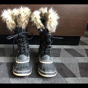 SOREL JOAN OF ARTIC FAUX FUR  SNOW BOOT SZ 7